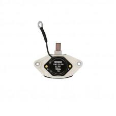 Регулятор напряжения генератора RVI Magnum